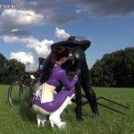 Findom Susi – Latex Ponyride